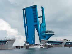 Gran cilindro hidráulico para puentes